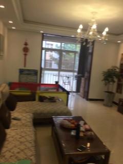 楚枫苑3室2厅2卫123m²一楼带花园精装修