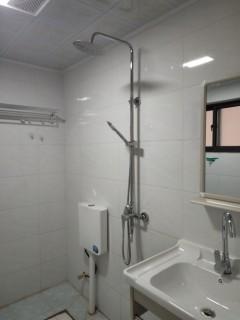 (楚雄市)香颂美地1室1厅1卫36m²简单装修