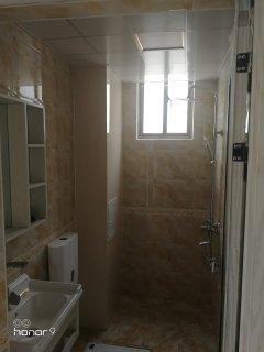 (楚雄市)香颂美地2室1厅1卫70m²简单装修