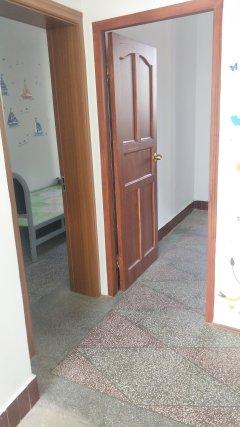 楚一中学区房  一楼带10平米院子 赠送杂物间一个