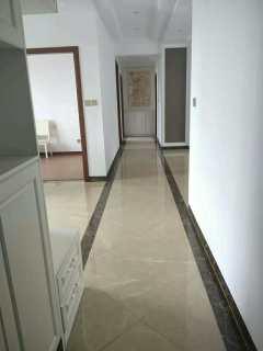(楚雄市)盛世舒苑4室2厅2卫155m²豪华装修