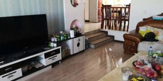 (楚雄市)秀苑花园3室2厅2卫128m²精装修