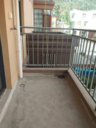 (楚雄市)和瑞苑3室2厅2卫平层二楼