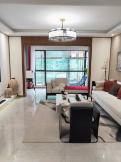 首付18万买4室2厅2卫双阳台彝海公园景观好房132平米