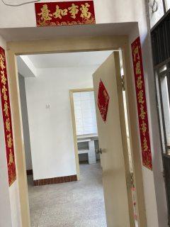 (楚雄市)州教育小区一楼3室1厅1卫1厨70m²