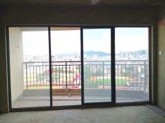 客厅正对体育馆 市中心桃源湖观景房 中央公园 北浦中学