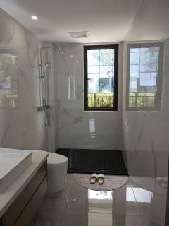 玖龙国际3室2厅2卫58万126m²低价出售
