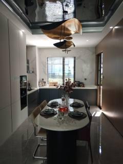 玖龙国际3室2厅2卫60.6万138m诚心低价出售