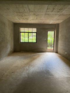 (楚雄市)香颂美地4室2厅2卫116万141m²出售