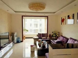 城市花园平层三楼  精装修三室两厅一厨一卫 带车位