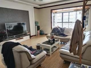 (楚雄市)兆顺财富中心4室2厅2卫1700元/月151m²出租
